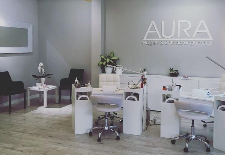 AURA Salon Eingangsbereich